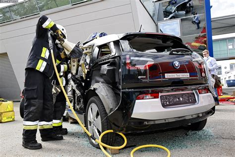 german rescue teams tested  carbon fiber cell   bmw