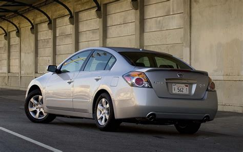 nissan altima coupe wallpaper nissan altima v6 se sl coupe hybrid free widescreen