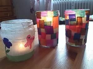 Papier Auf Glas Kleben : windlichter selber machen diy der familienblog f r kreative eltern ~ Watch28wear.com Haus und Dekorationen