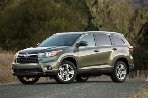 View 2015 Toyota Highlander Hybrid Limited  Pics