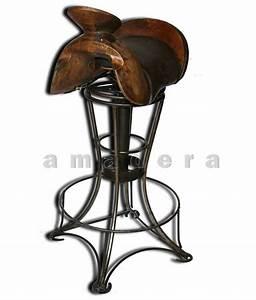 Chaise De Bar Haute : chaise haute de bar en cuir et fer forg chaise pivotante originale ~ Teatrodelosmanantiales.com Idées de Décoration