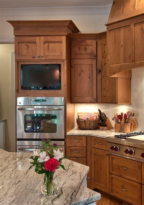 what is country kitchen best 25 knotty alder ideas on knotty alder 7037