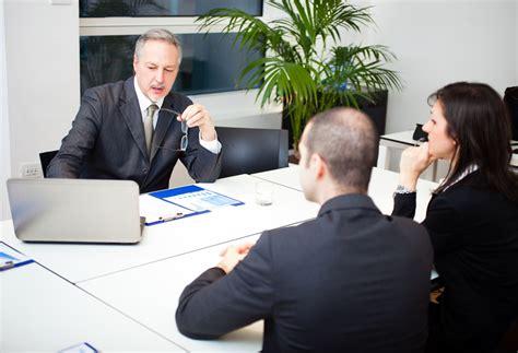 g 233 rer son assurance vie avec un conseiller billet de banque