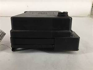 Oem 05 06 Chevy Cobalt Engine Fuse Box 2 0l Manual Tested