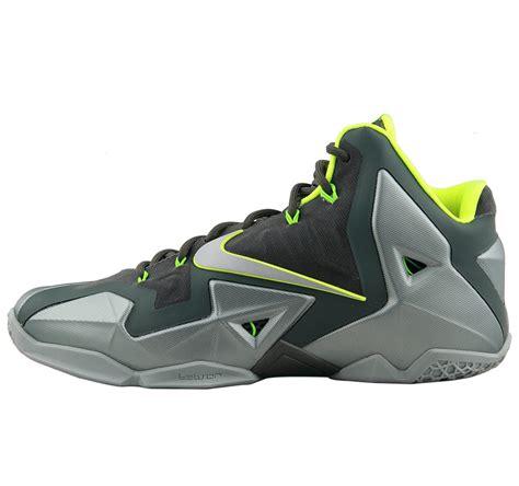 Nike LeBron Basketball Shoes Kobe