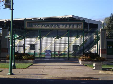 Filehayward Field, University Of Oregon (2011)jpg