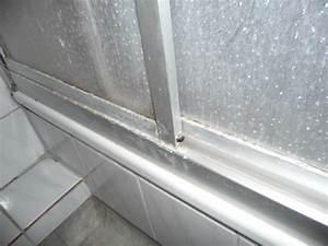 Dusche Silikon Schimmel : kalk und schimmel in der dusche bild von haus westfalen ~ Michelbontemps.com Haus und Dekorationen
