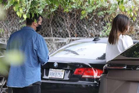 Kendall Jenner Spotted heading back to her car in Los ...