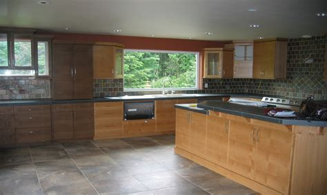 Decorative italian kitchen tiles, honey oak cabinets with