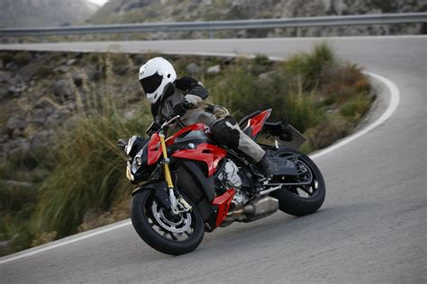 Review Bmw S1000r by Ride Bmw S1000r Review Visordown