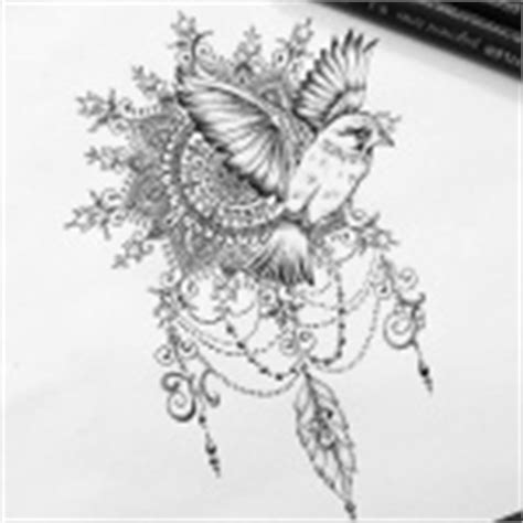 tatouage oiseau femme top  tattoos oiseaux feminins