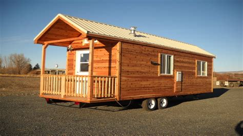 cabin on wheels portable cabins on wheels portable amish cabins portable