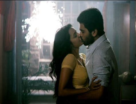 bollywood actress lip kiss images tollywood lip lock pics