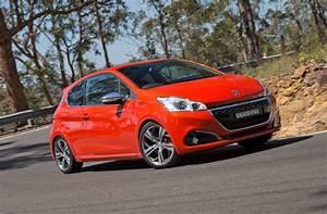 208 Peugeot : peugeot cars news 2015 peugeot 208 pricing and specification ~ Gottalentnigeria.com Avis de Voitures