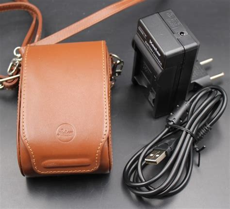 leica  lux  camera  carry case catawiki