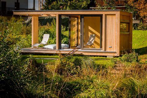 Gartenhaus Zur Sauna Umbauen by Design Gartenhaus Auf Bayerischem Seegrundst 252 Ck Werner