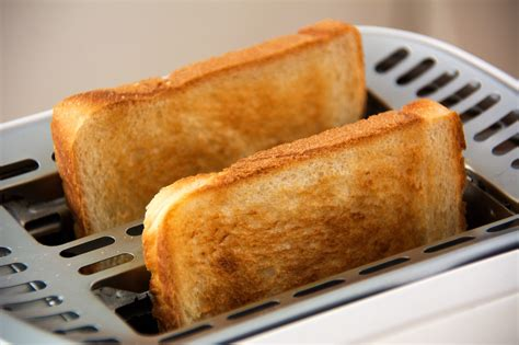 Best Bread Toaster 2015 by Top 5 Best Bread Toasters To Buy In India 2018