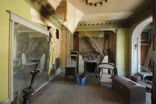 Simple Cheap Living Room Ideas by Why You Should Or Shouldn T Buy A Fixer Upper Freshome Com
