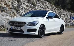 Mercedes Classe A 2014 : mercedes benz classe cla 2014 une cls format r duit guide auto ~ Medecine-chirurgie-esthetiques.com Avis de Voitures