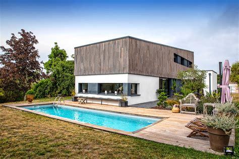 maison contemporaine de  avec piscine  mondonville