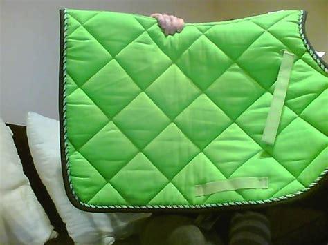 tapis cheval vert pomme bonnet assorti tapis lamicell mirage vert pomme