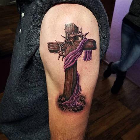 kreuz arm erstaunliche kreuz tattoos designs f 252 r m 228 nner und frauen