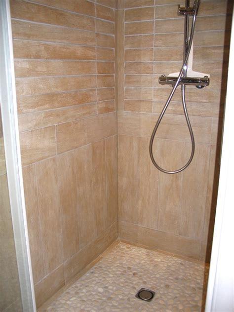 carrelage salle de bain imitation galet