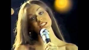 Crystal Gayle - her beautiful long hair swaying - YouTube