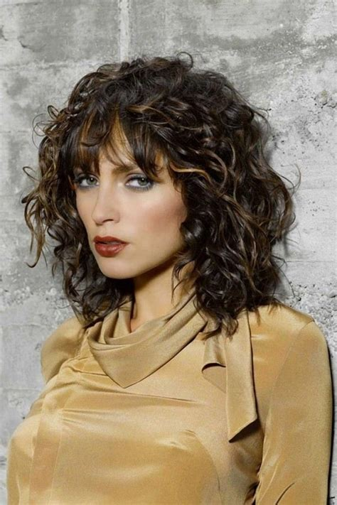trendy shoulder length hairstyles cool ideas
