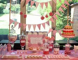 Bar A Bonbon Mariage : pink candy bar un buffet gourmand tout rose ~ Melissatoandfro.com Idées de Décoration