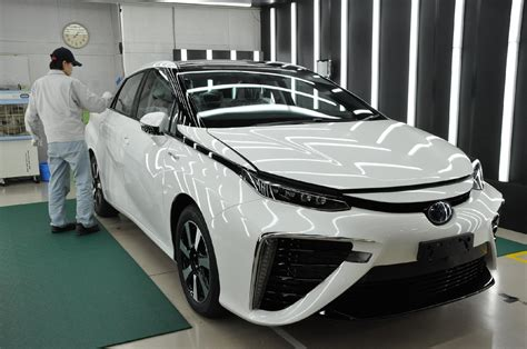 official toyota mirai fuel cell vehicle release date grand