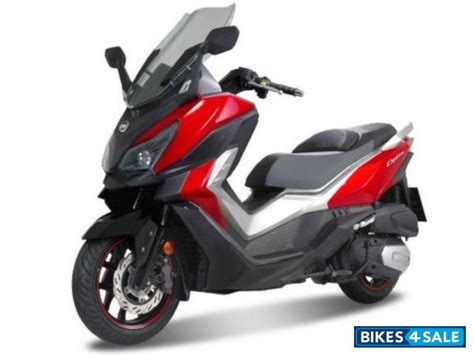 sym cruisym 300i scooter price review specs and