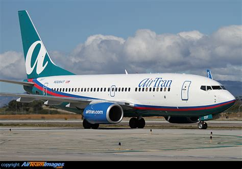 boeing 737 700 range boeing 737 700 n309at aircraft pictures photos airteamimages