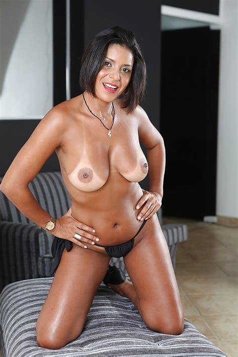Mature Latina Brunette Ana Luz Demonstrates Her Big Tits And Ass