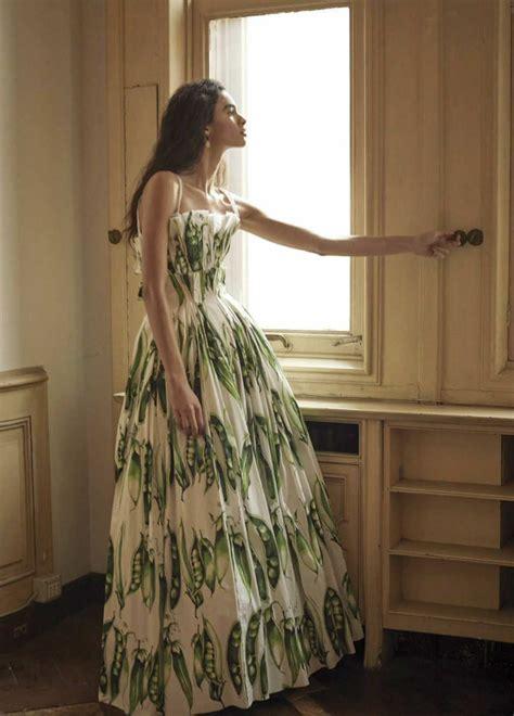 Красивые платья на выпускной 2020 30 идей что надеть . style monitor