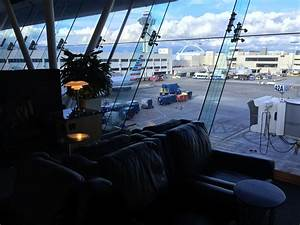 London the Long Way: AA Flagship Lounge LAX - TravelUpdate