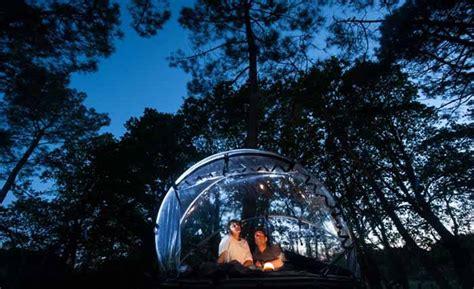 chambre bulle dans la nature cabanes dans les arbres et hébergements pour nuit insolite