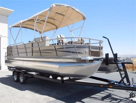 Pontoon Boats Bentley by 2017 New Bentley Pontoons 240 Fish Re Pontoon Boat For