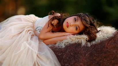 Kavithai Sleeping Tamil Child Beauty Wallpapers Background