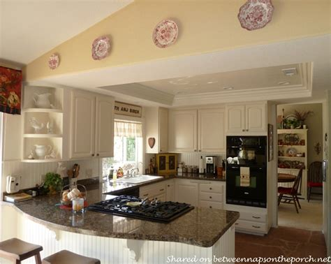 Kitchen Renovation Great Ideas For Smallmedium Size Kitchens. Design Ideas Bed In Front Of Window. Diy Country Kitchen Ideas. Kitchen Island Ideas With Stove Top. Baby Boy Shower Ideas John Deere. Brunch Ideas With Ham. Basement Ideas Simple. Photography Ideas During Winter. Room Ideas Acnl