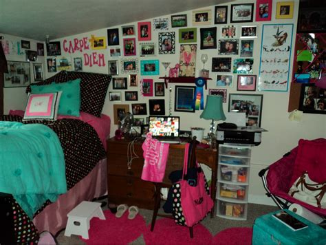 6 Cute, Cheap Dorm Room Tips  Every College Girl. Wine Country Living Room Decorating. Living Room Bench Plans. Decorative Wall Panels For Living Room. Interior Wall Tiles For Living Room India. Thomasville Living Room Sets. Living Room Furniture Ideas Images. Interior Design For A Small Living Room. Green Living Rooms Walls