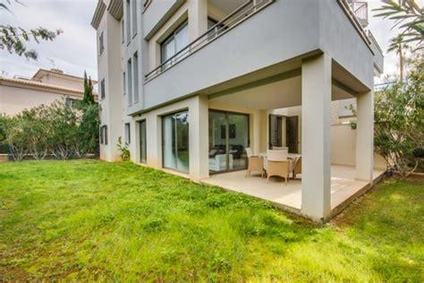 Wohnung Mit Garten Und Terrasse by Erdgeschosswohnung Mit Garten In Einer Privilegierten