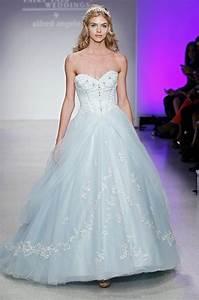 Cinderella dress alfred angelo disney princess wedding for Cinderella wedding dress alfred angelo