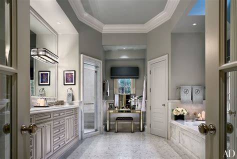22 Luxury Bathrooms in Celebrity Homes Photos