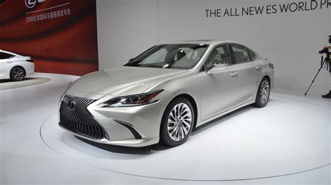 es300 lexus 2019 2019 lexus es 350 gets 550 price increase starts at 39 500