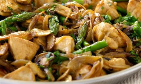 Chicken with Mushrooms and Asparagus Recipe