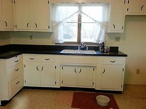 kitchen design and decorating ideas for a vintage black With design idea of classic black and white kitchen