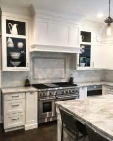 shaker kitchen ideas best 25 shaker style kitchen cabinets ideas on