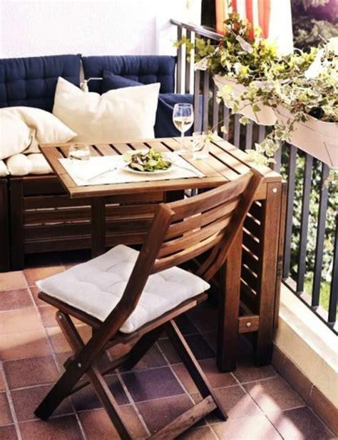 balkontische verwandeln den balkon  eine erholungsoase