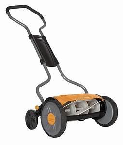 Fiskars 17 U0026quot  Staysharp Plus Push Reel Mower Review